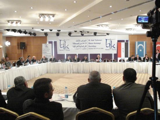 istanbul-iii-irak-turkmen-basin-kopnseyi-kurultayi-10-12-04-09-079