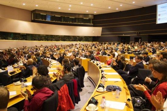 Spinelli debate full room